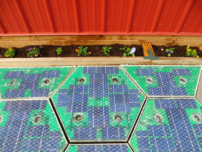 thinkhurt.com_solar_roadway_panels