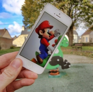 I-Insert-Movie-Scenes-Into-Real-Life-Situations-Using-My-Iphone-10