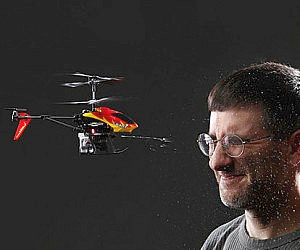 Water-shooting RC Helicopter